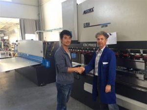 Бидний үйлдвэрт Кипр Кларкийн Үйлчлүүлэгчидтэй уулзах Хэвлэлийн тоормосны машин болон хяргах машин