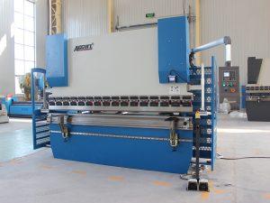 Wc67y 40t хятад хийсэн хавтас гарын авлагын нугалах машин гар хувьцааны гулзайлтын хэвлэлийн тоормос ажиллаж байна